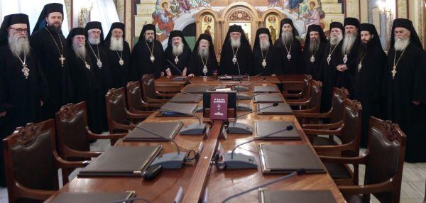Η Εκκλησια της Ελλάδος ζητά να λειτουργήσουν όλοι οι ναοί κεκλεισμένων των θυρών