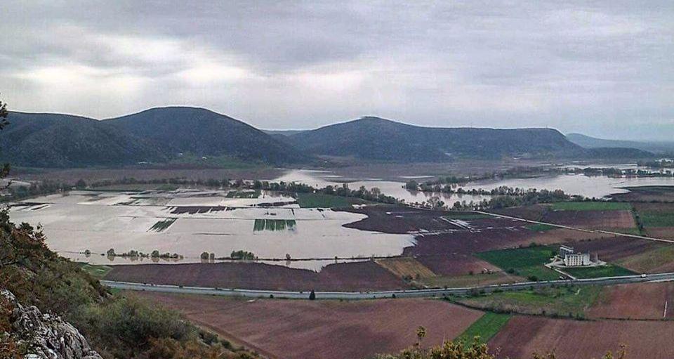 (30.000) στρέμματα με καλλιέργειες πλημμύρισαν στο Ζάρκο