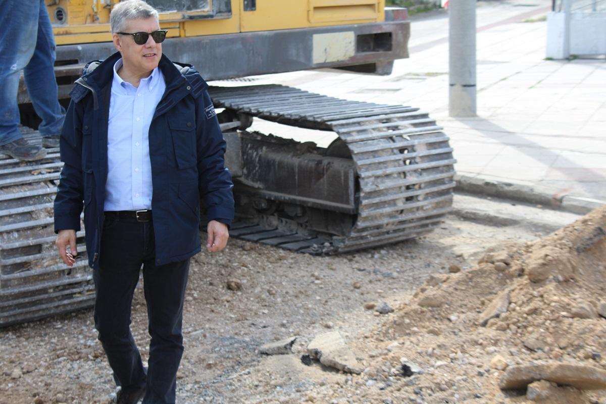 Ασφαλτοστρώνονται αγροτικές οδοί στο δήμο Φαρκαδόνας