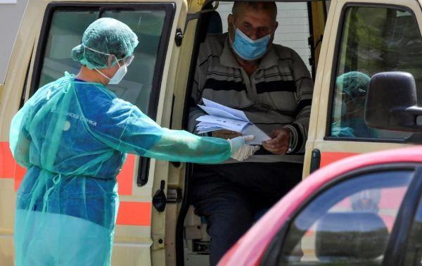 Κορωνοϊός: Στους 404.245 οι νεκροί παγκοσμίως, πάνω από 7 εκατομμύρια τα κρούσματα