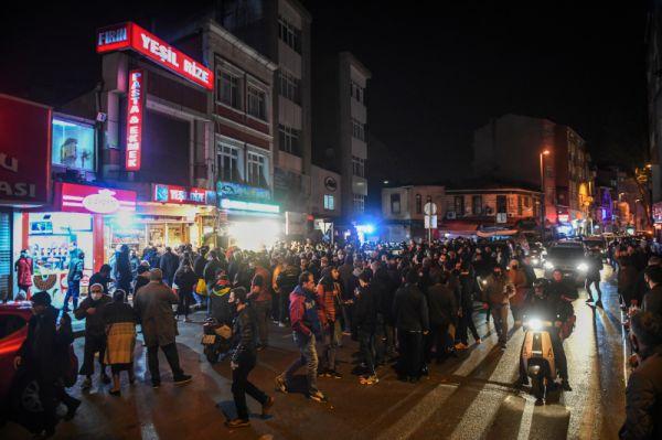 Κορονοϊός: Χάος στην Τουρκία μετά το ξαφνικό lockdown το βράδυ της Παρασκευής-Πανικός και ουρές στα καταστήματα