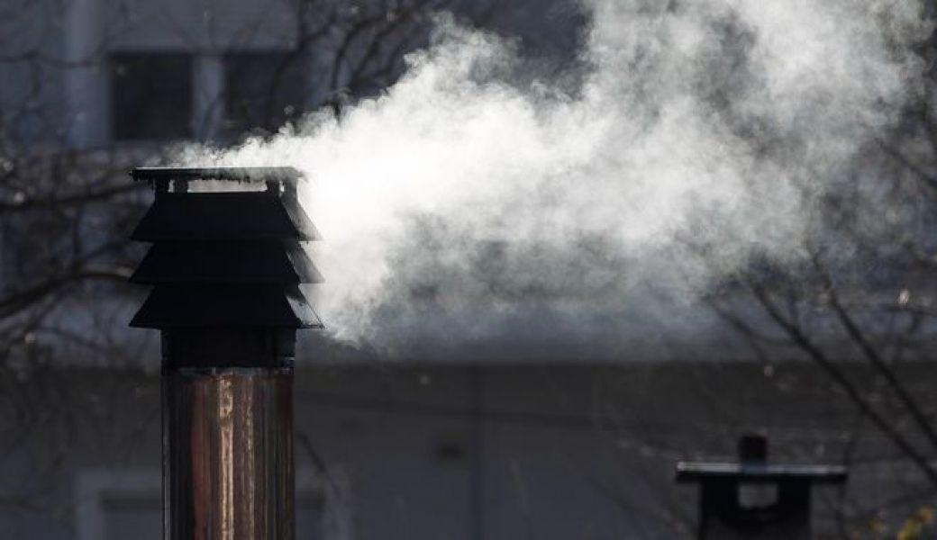 Επίδομα θέρμανσης: Ναι στο φυσικό αέριο - Όχι για ηλεκτρικό και καυσόξυλα